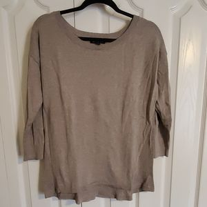American Eagle tan 3/4 sleeve Sweater size Large